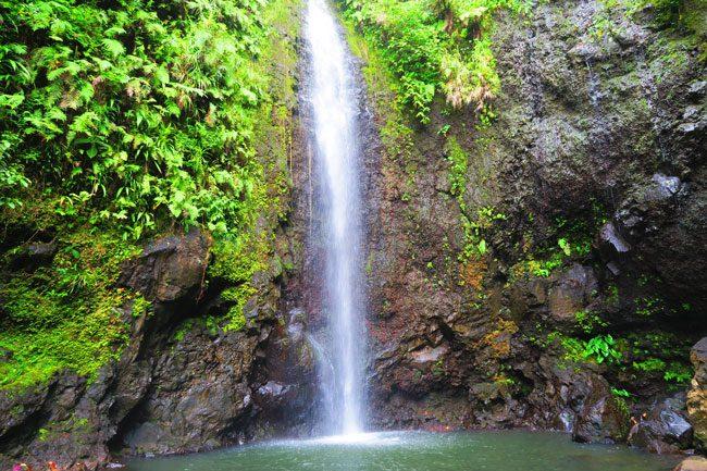 les trois cascades three waterfalls Raiatea Island French Polynesia smaller waterfall