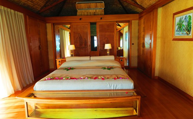 overwater bungalow interior le tahaa luxury resort french polynesia