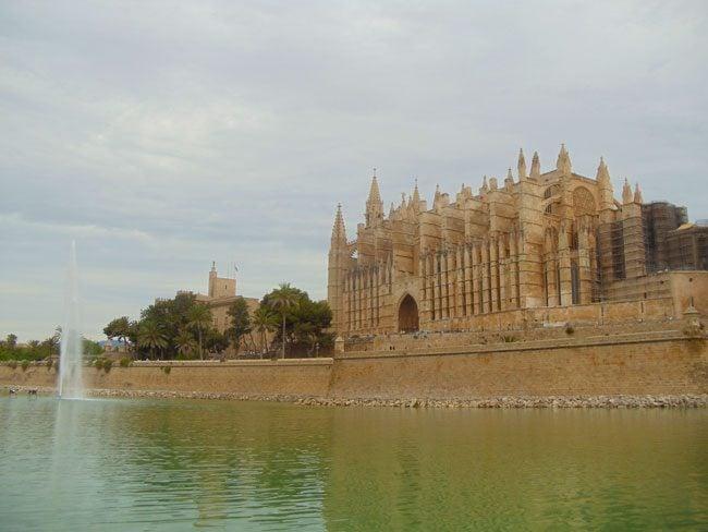 Parc del Mar Palma Cathedral Mallorca