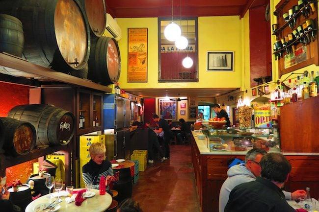 Bodega la Palma Barcelona Tapas Bar Interior