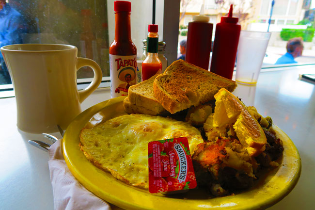 Cafe-222-San-Diego-Best-Breakfast
