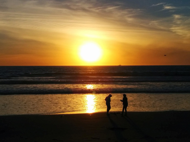 Cornado-Beach-California-sunset
