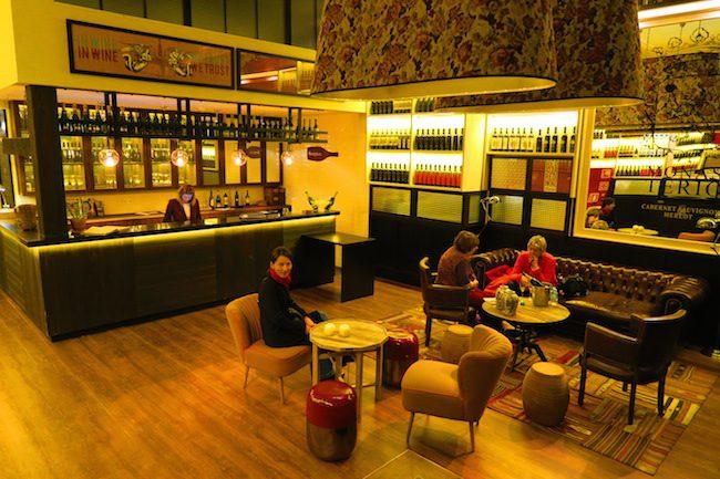 Hotel Praktik Vinoteca Barcelona Lobby