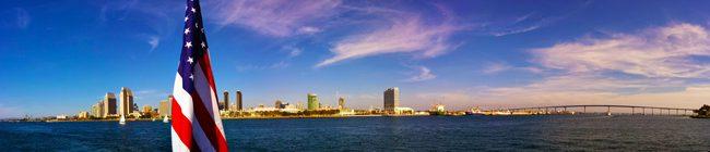 Panoramic-view-of-San-Diego-from-Coronado-Ferry