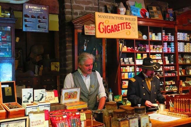Tobacco shop Old Town San Diego
