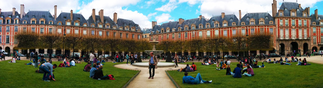 things to do in paris Place de Vosges Marais