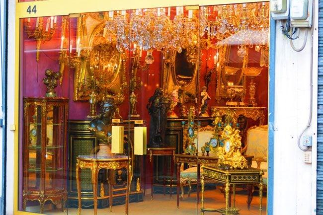 paris flea market marche aux puces Marché Biron antiques