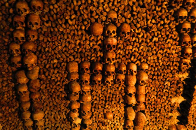 Catacombes Paris underground cemetery arch shaped