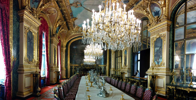 Louvre Musum Napoleon Chambers dining room panoramic view