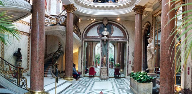 Visiting the Musee Jacquemart Andre Panoramic view