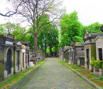 Visiting The Père Lachaise Cemetery