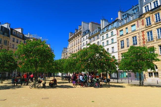 Place Dauphine Paris ile de la cite