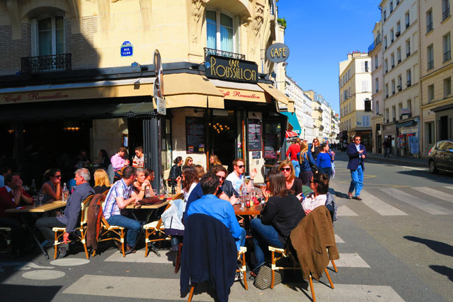 Sunny bistrot cafe in Paris