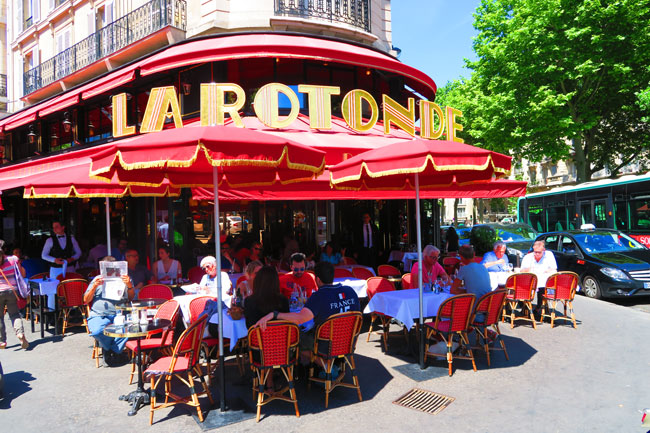la rotonde montparnasse parisian cafe