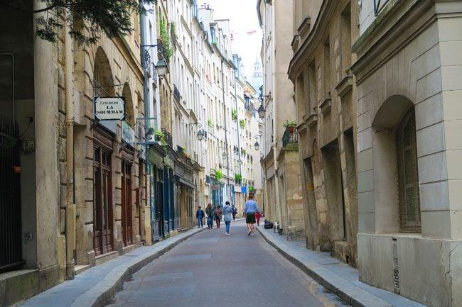 Latin Quarter paris narrow alleys