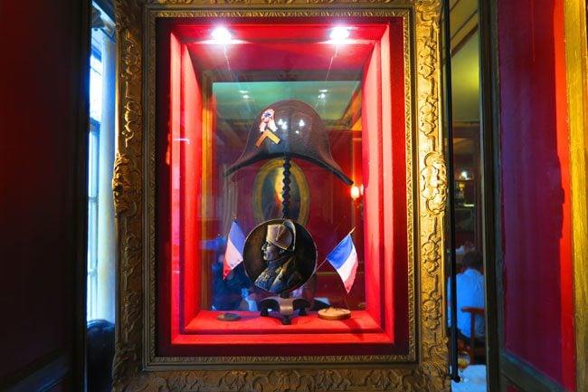 Le Procope Paris restaurant Napoleon hat