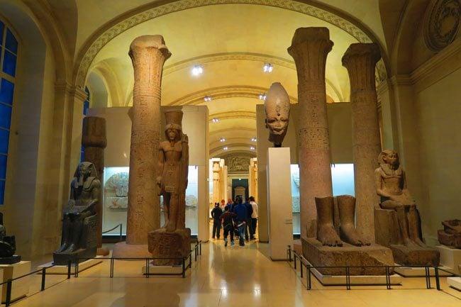 Una misión deseada [Evento|| Reznov]  Louvre-ancient-egypt-sully-wing