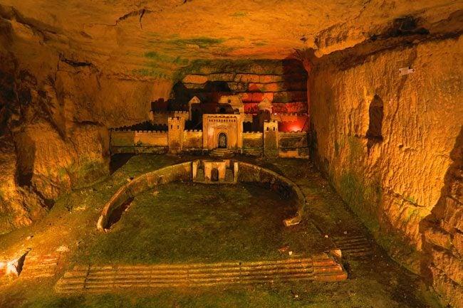 Port Mahon Sculptures paris catacombs