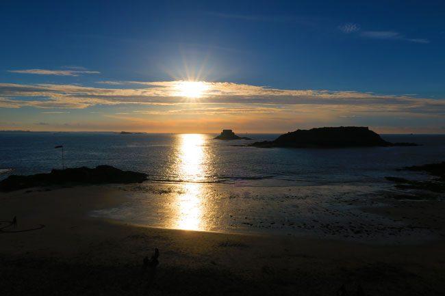 sunset saint malo