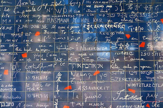 Le mur des je t'aime - the love wall Montmartre Paris closeup