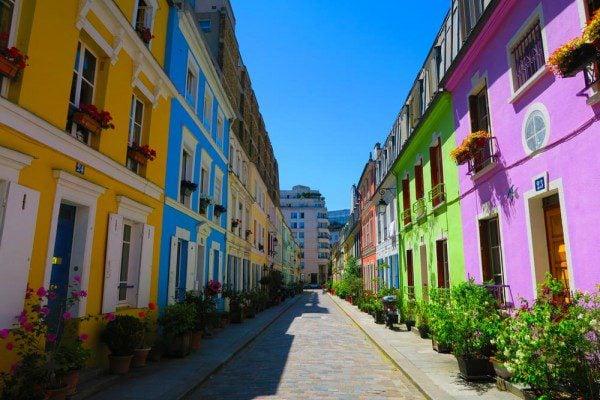 Bastille area paris itinerary - Rue Cremieux post cover