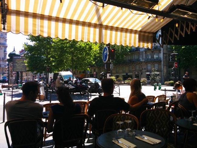 cafe le dome rue de levis paris
