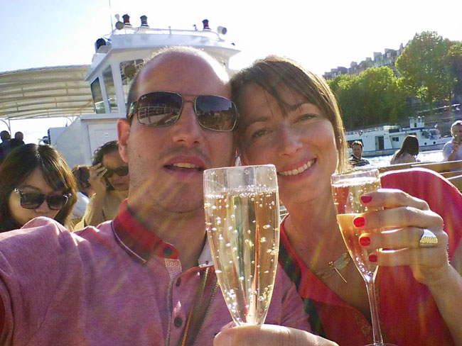 champagne in seine sightseeing cruise