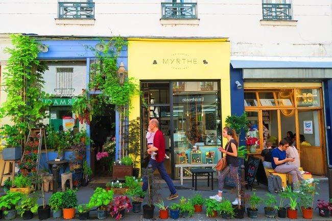 hipster cafe paris canal saint martin