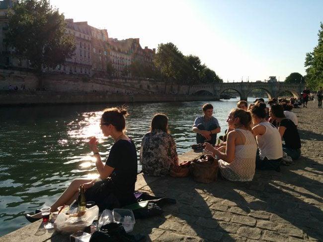 Picnic on Seine Paris
