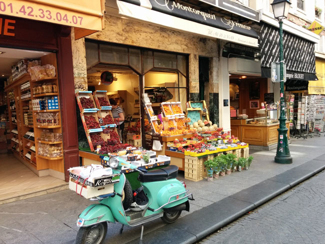Rue Montorgueil Paris food market