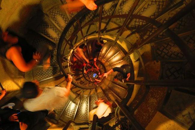 steps to arc de triomph terrace paris