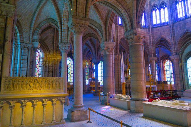 Basilica saint Denis Patis altar