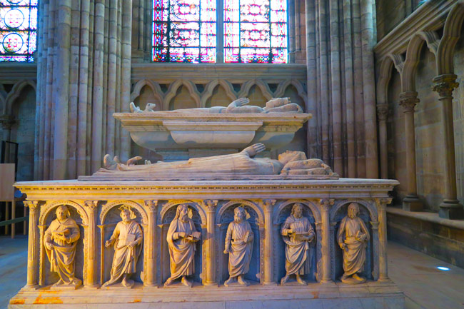 Basilica saint Denis royal grave