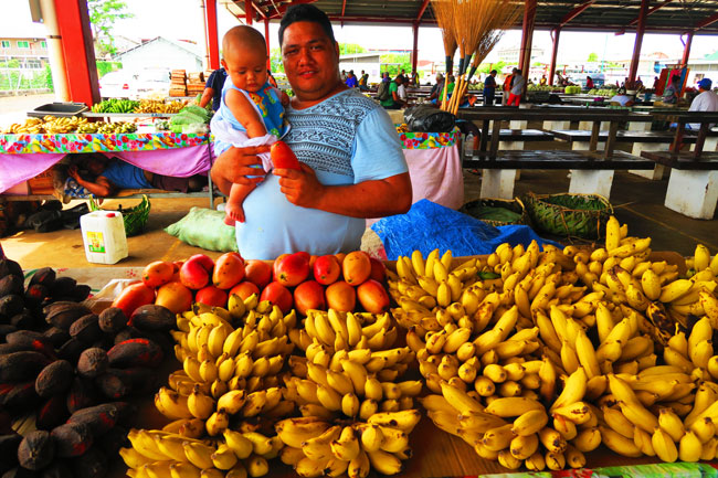 Maketi-Fou-Apia-food-market-Samoa-3