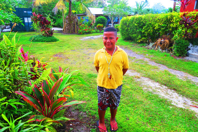Making Umu in Samoa boy waking me up