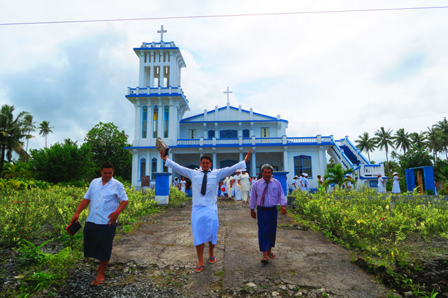Savaia sunday church samoa