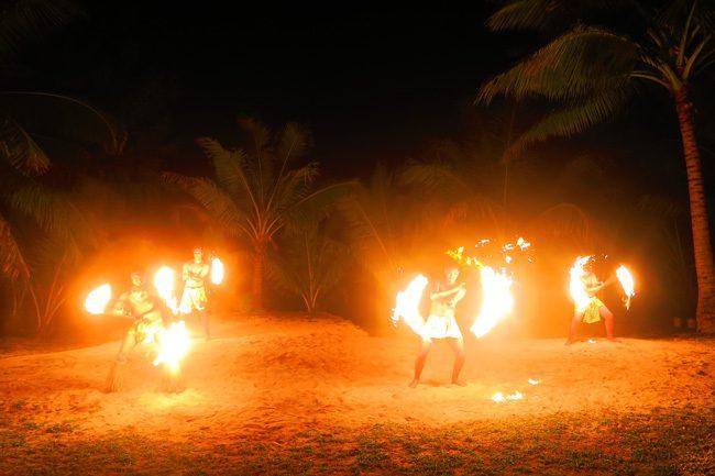 Island Night in Aitutaki Tamanu Beach Polynesian fire show 2