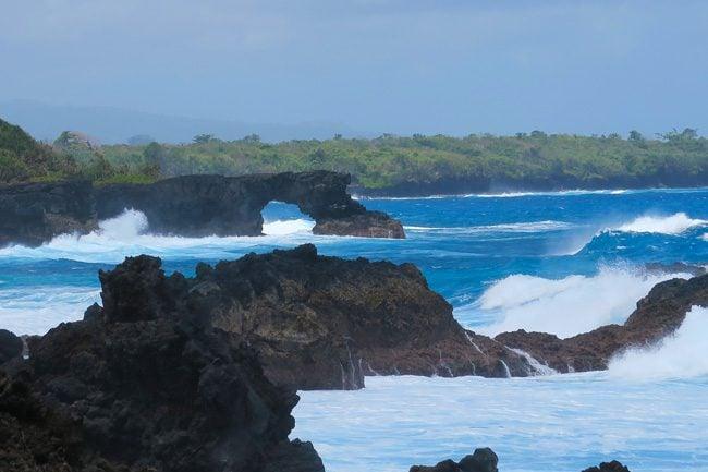 Rugged Beach Savaii Samoa - arch
