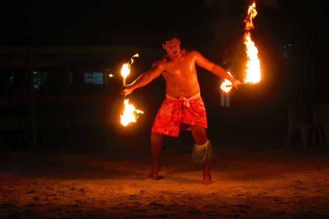 Tanu beach fales manase savaii fire show