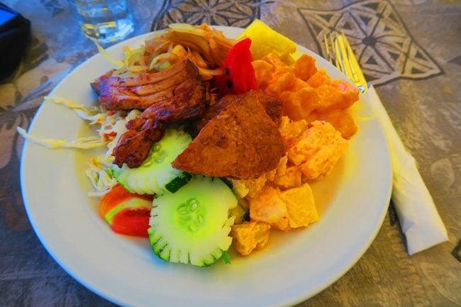 The Vaka Cruise Aitutaki Lagoon buffet lunch