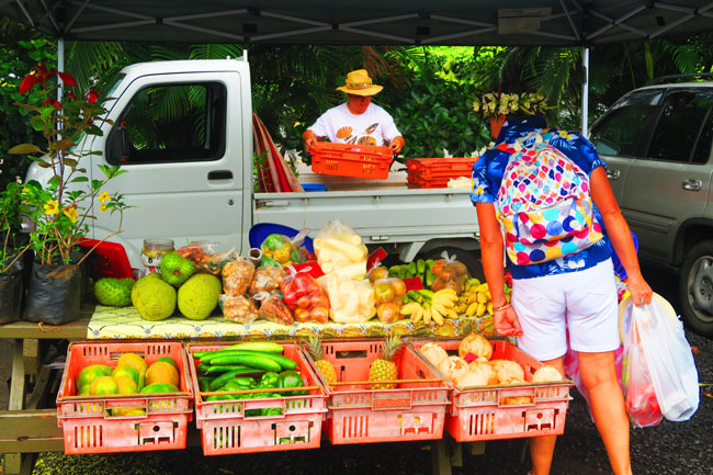 Punanga Nui Market Rarotonga Cook Islands fruits and vegetables