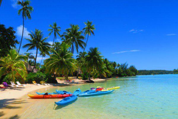 Motu beach Les Tipaniers Moorea French Polynesia Kayaks