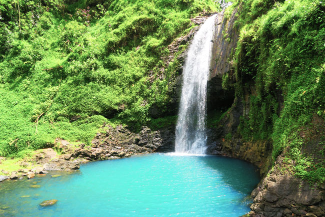 Papenoo Valley Tahiti Maroto Waterfall