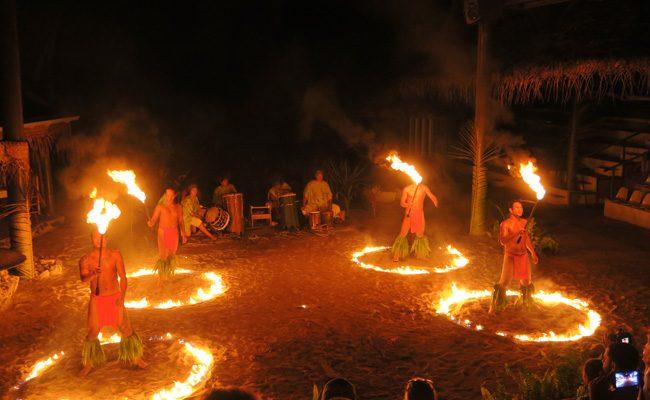Tiki Village Moorea fire show 2