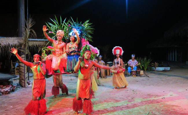 Tiki Village Moorea wedding