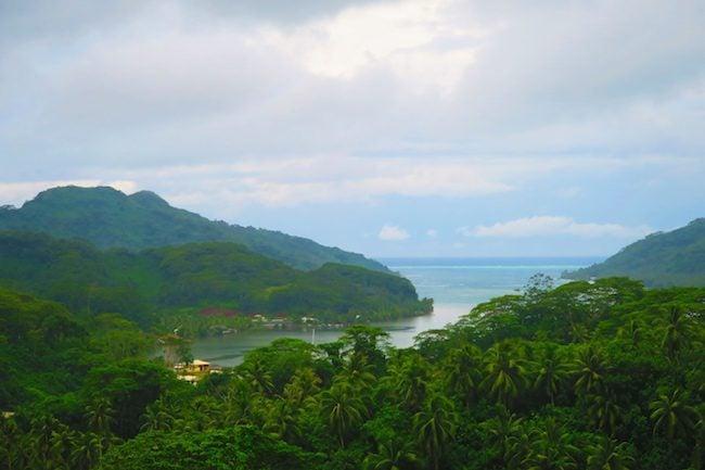 Apu Bay Tahaa french polynesia