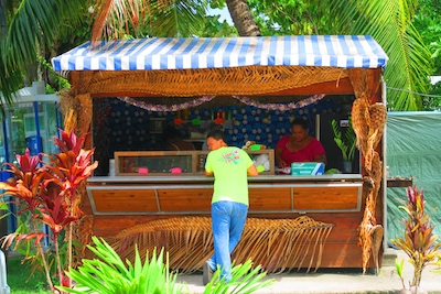 Casual snack in Fare - Huahine island french polynesia