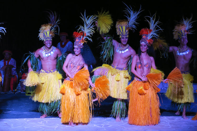 Evening Tahitian dance show - Sofitel Hotel Tahiti Ia Ora Beach Resort - French Polynesia
