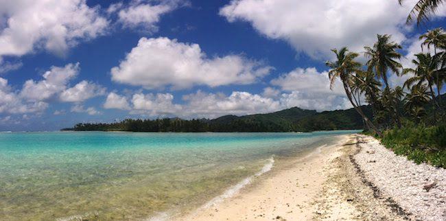 Huahine travel guide panoramic view tropical beach