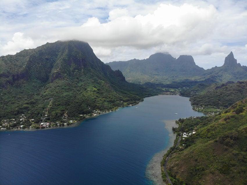 Magic Mountain Moorea French Polynesia - bay view